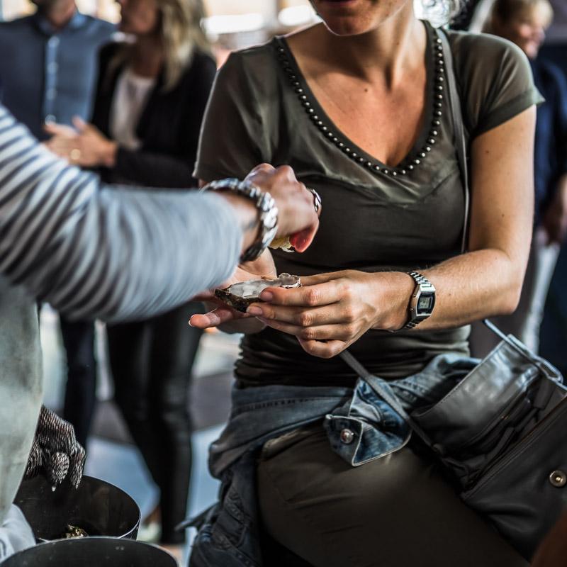 Veban, Haringparty ,Restaurant Stork, Fotograaf, fotografie, event fotograaf, event fotograaf, Zaandam, Amsterdam, Haarlem, Purmerend, event fotograaf Purmerend, event fotograaf Zaandam, Event fotograaf Edam, event fotograaf Volendam, Fotostudio Amsterdam, fotostudio Zaandam, oesters,