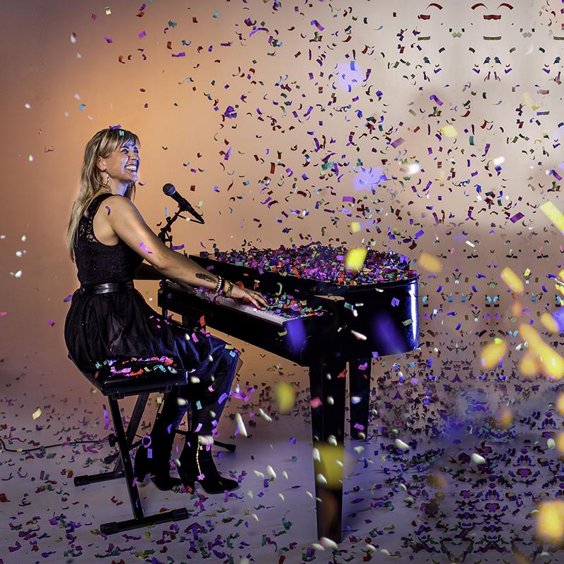 Promotiefoto's, Perskit, persmap, website fotografie,Marsha Steltenpool,piano, zangeres,pianiste