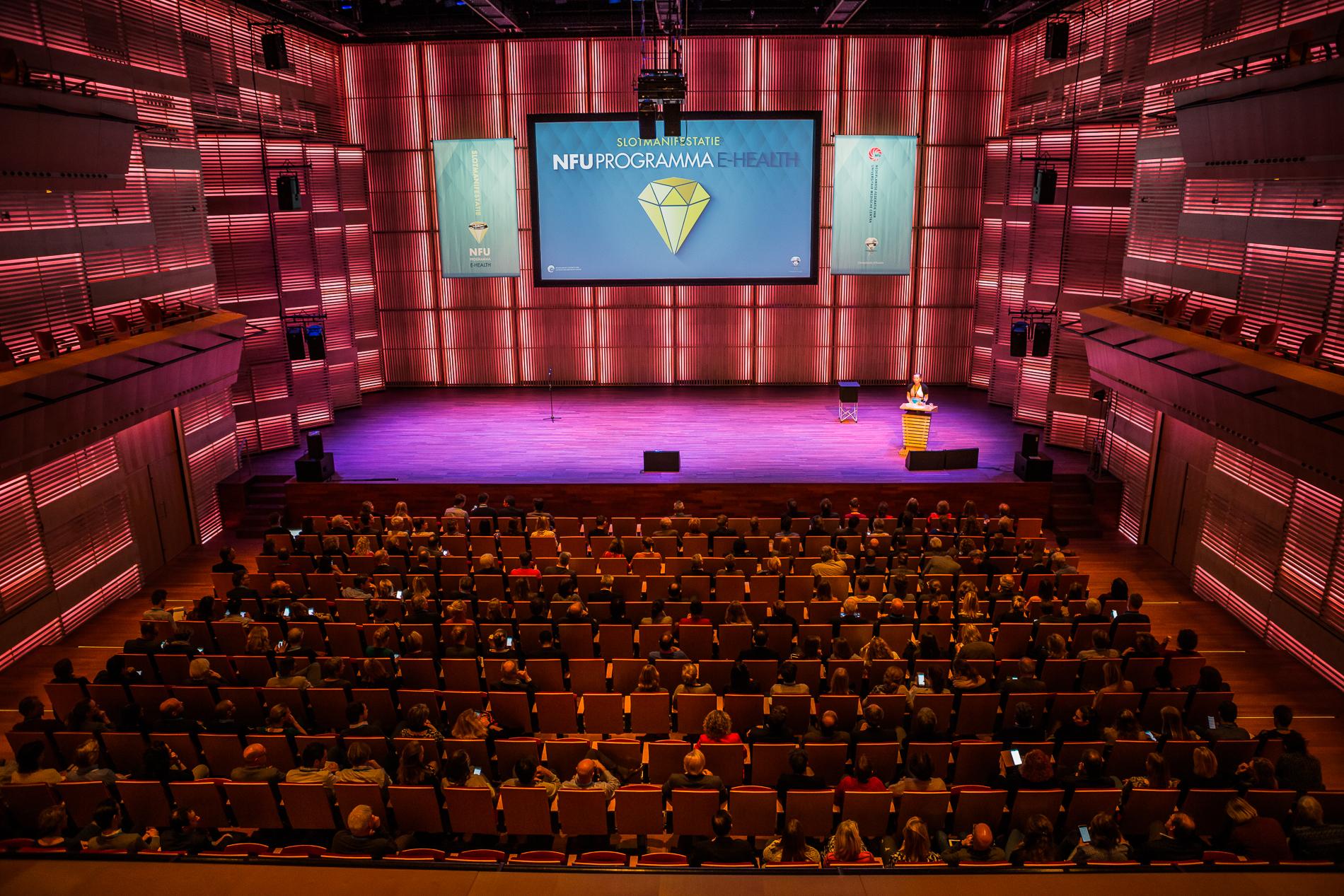 Eventfotograaf, eventfotografie, partyfotograaf, beursfotograaf, Symposium fotograaf, event, fotograaf events,Muziekgebouw aan t IJ