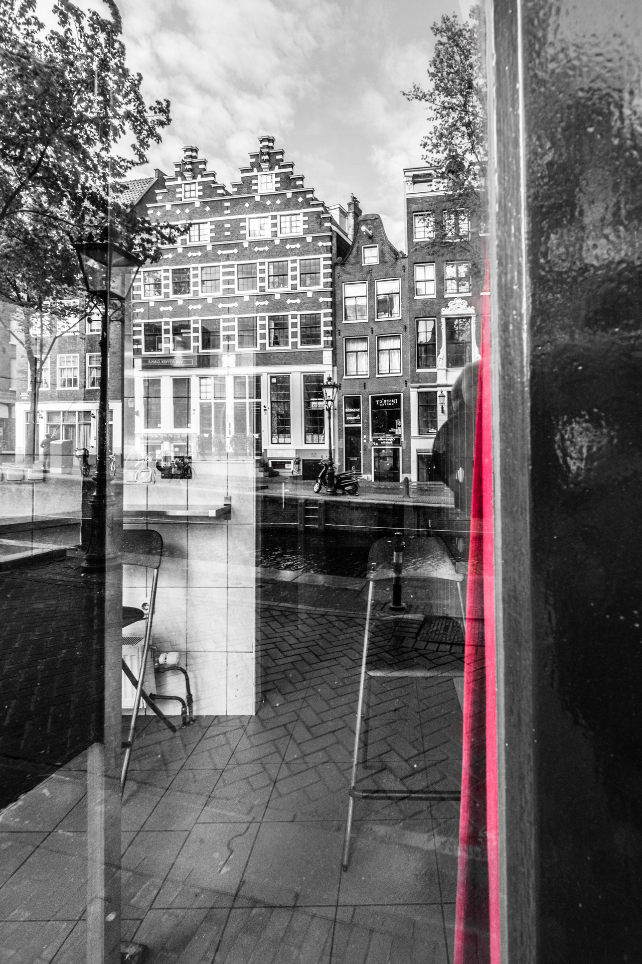 Red light district, room, corona ,covıd_19 ,notourists ,amsterdam ,centraalstation ,staysafe ,bizar ,stillestratenvanamsterdam ,straatfotografie ,EbbesFotografie ,amsterdammer ,emptystreets ,streetphotography ,netherlands ,holland ,photography ,travelphotography ,amsterdamcity ,photooftheday ,instagood ,wanderlust ,love ,travelgram ,summer ,picoftheday ,amsterdamworld ,holanda ,ContactBeforeUse